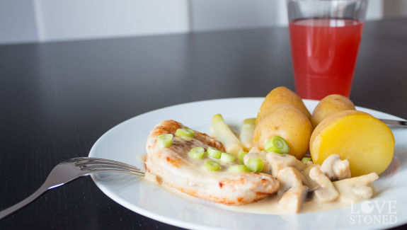 Putenbrustfilet in Pilzcremesauce - lovestoned.de